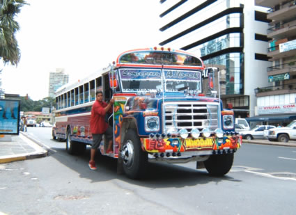 Bus_in_panama